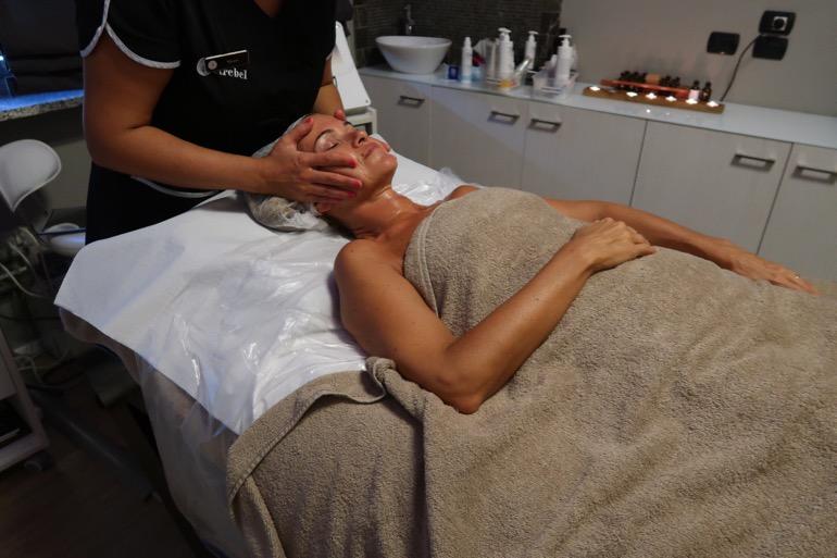 trattamento viso e corpo 7