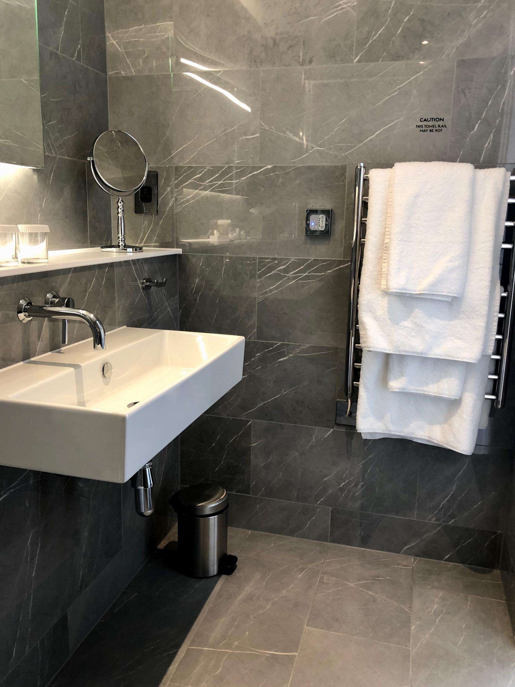 hotel londra 22